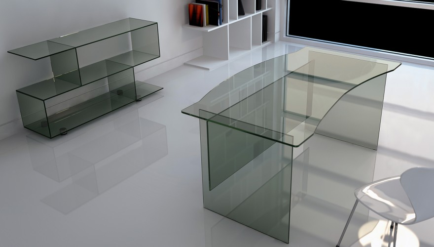A detailed look at our stylish glass desk range